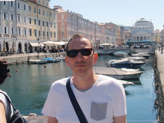 rencontre gay ile de france à Istres