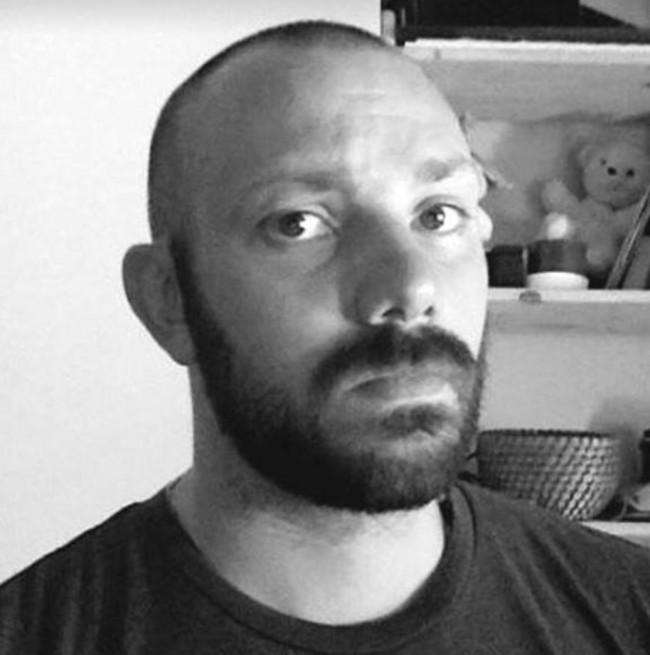 rencontre gay en charente maritime à Tarbes